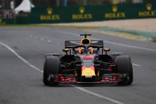 Ricciardo: 'Scary' Mercedes engine modes a 'punch in the stomach'