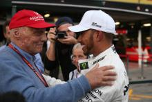 Hamilton pays tribute to 'bright light' Lauda