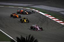 Ricciardo: Verstappen too greedy in Hamilton overtake