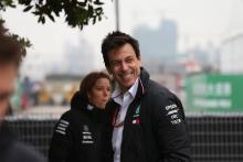 Wolff menertawakan kritik Ecclestone terhadap Hamilton