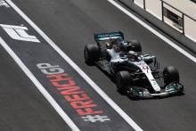 Hamilton pulls clear in second French GP practice