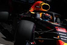 Ricciardo sees Hamilton as biggest concern