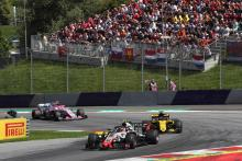 Magnussen: Consistency will determine F1's midfield battle for fourth