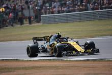 Renault can improve 'every single aspect' of 2018 F1 car - Sainz