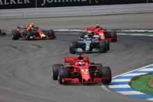 Mercedes: Pertarungan Gelar F1 2018 'Seru, Menakutkan'