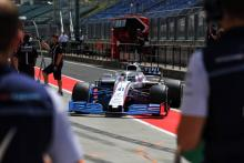 Rowland: 2019 front wing could force F1 drivers to change approach
