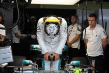 Hamilton accuses Sirotkin of 'disrespectful move' in Q2 near-miss