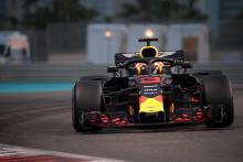 Ricciardo sure he can beat Ferrari duo to Abu Dhabi podium