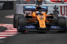 Sainz warns McLaren against 'huge mistake' after strong start