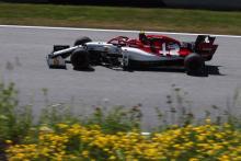 Alfa Romeo summoned to FIA stewards over Giovinazzi fuel temperature