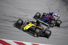Renault: Pressure firmly on to defend fifth place from Toro Rosso