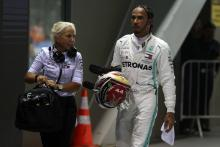 "Hamilton plans to be ""aggressive"" in battle against Ferrari"