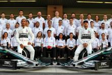 Video: Apakah Mercedes tim F1 paling dominan yang pernah ada?