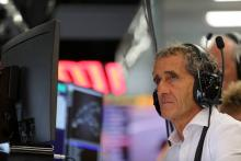 Renault aims to profit from 'open' 2018 F1 driver market - Prost