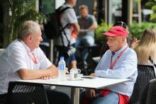 Lauda, Marko trade blows over Verstappen deal