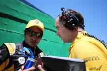 Sainz 'starting to feel at home' in Renault F1 car