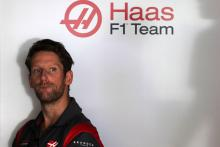 Grosjean latest F1 driver to reveal helmet design