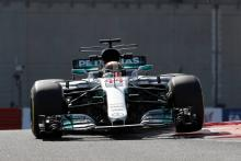Hamilton heads up Mercedes 1-2 in final Abu Dhabi practice