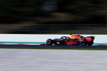 "Verstappen fears ""painful"" deficit to F1 rivals on straights"