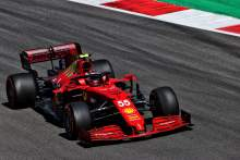 "Sainz ""cautious"" over Ferrari F1's Portuguese GP chances despite positive Friday"