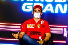 "Leclerc has no plans to change F1 approach after ""inconsistent"" Portuguese GP"