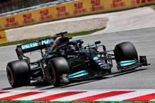 "Hamilton says F1 rivals' ""amazing"" progress puts pressure on us and Red Bull"
