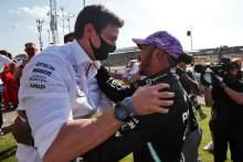 "Verstappen clash fallout hasn't affected ""robust"" Hamilton - Wolff"