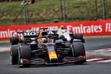 Max Verstappen Akui Mobilnya Sulit Dikendarai Setelah Kecelakaan GP Hongaria