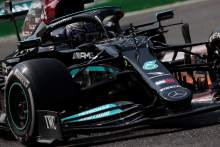 刘易斯·汉密尔顿(GBR)梅赛德斯AMG F1 W12。