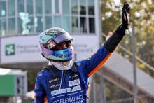 丹尼尔·里卡多(澳大利亚)迈凯轮庆祝他在Sprint parc ferme获得第三名。
