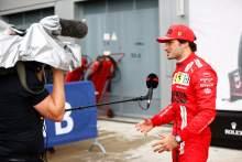 Carlos Sainz Jr (ESP) Ferrari in parc ferme.