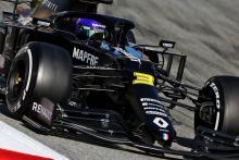 """""""We can do better for Daniel Ricciardo"""" – Renault F1 boss Abiteboul"""