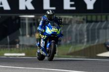 Iannone back to the fore in warm-up