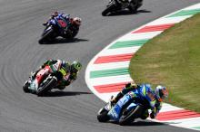 Rins has 'big smile, enjoys' podium fight