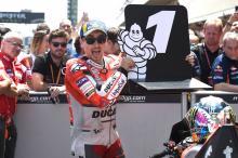 Form man Lorenzo seals pole at Catalunya