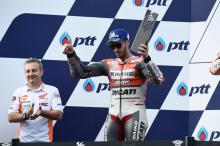Dovizioso senang bisa melawan Marquez dengan cara 'aman'