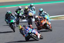 Moto3 Japan: Brilliant Bezzecchi snatches win as Martin, 'Diggia' fall