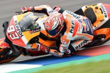 Marquez cruises to victory in Argentina, Rossi beats Dovi