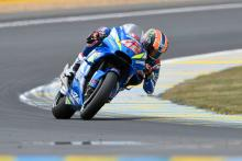 Rins hands over helmet in marshal tribute
