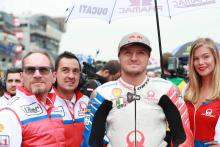 "Miller, Pramac Ducati ""pretty much shaken hands"" on new deal"