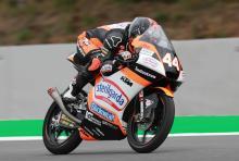 Moto3 Brno: Kepahlawanan lap terakhir melihat kekuatan Canet menuju kemenangan