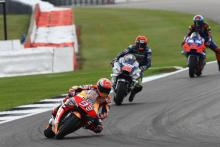 "MotoGP riders approve ""amazing"" Silverstone resurfacing"