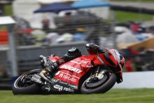 Video: Petrucci brings down Quartararo after huge highside