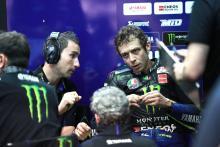 Rossi 'benar-benar berita buruk', Vinales 'memalukan'