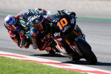 Moto2 Catalunya: Marini keeps Lowes at bay for Barcelona win