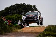 Ogier storms clear as rivals drop out