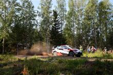 Tanak keeps Ostberg at bay after SS5 at Rally Finland