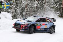 Neuville heads Hyundai 1-2 as conditions take control