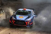 Loeb mengejar Sordo di Rally Mexico