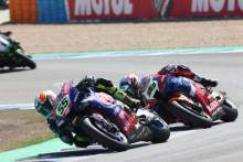 bAndrea Locatelli and Alvaro Bautista, Jerez WorldSBK race2, 26 September 2021